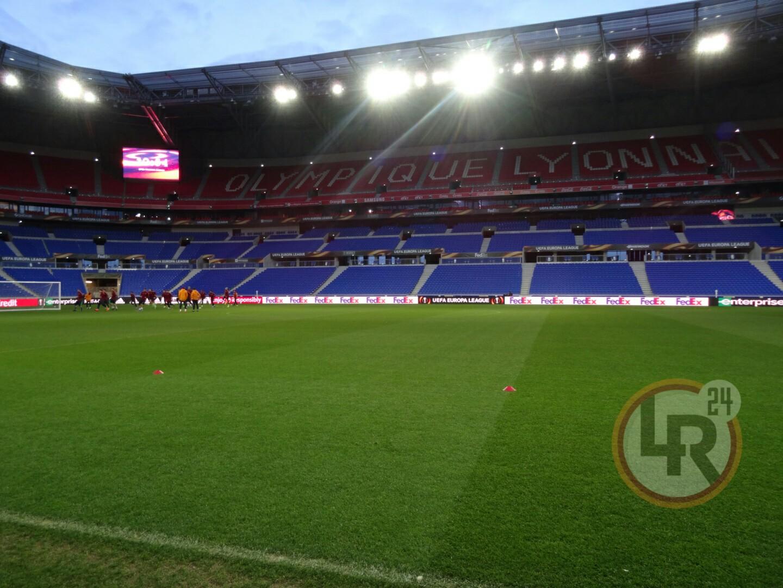 Lione Roma Tensione All 39 Esterno Dello Stadio La Polizia